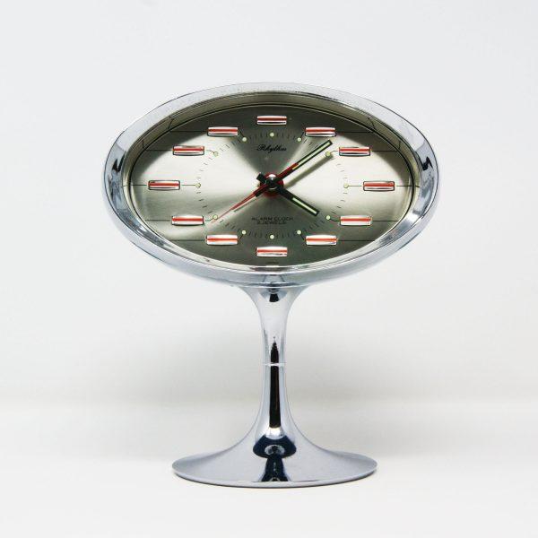 Reloj despertador Rhythm diseño espacial